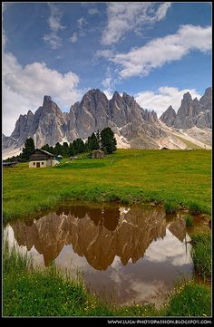 Odle Mirror. Val di Funes, Dolomiti #Dolomiti #Dolomites #Dolomiten #Dolomitas