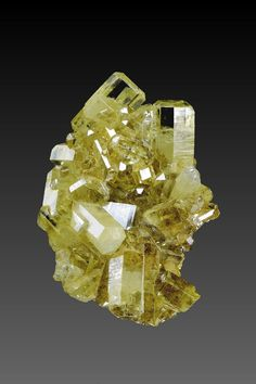 Mimetite - Tsumeb Mine, Tsumeb, Otjikoto Region, Namibia Size: 3.7 x 2.4 x 1.3 cm