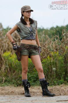 First look at 'Twilight' star Christian Serratos' lovely Rosita in action! #WalkingDead