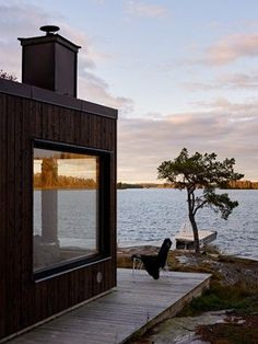 swedish summerhouse - Ferrerofrih Lofts Home Interior Design Decoration Small Apertment - swedish summerhouse Nestled between the pine trees on the shores of a lake this semi-circular Swedish summerhouse is my idea of a peaceful weekend get-away. Architecture Design, Haus Am See, Industrial Interiors, Industrial Table, Industrial House, Vintage Industrial, Industrial Stairs, Industrial Windows, Industrial Apartment