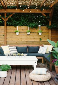 15 Diy Decking Designs For A Perfect Garden