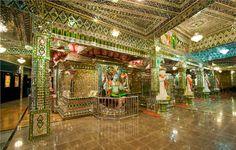 Templo hindu todo revestido por vidro - Johor Bahru - Malásia