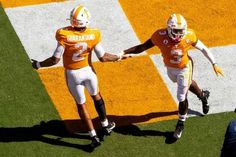 Kentucky at Tennessee 10/17/20 - College Football Picks & Odds #PicksParlays