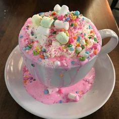 "la-quisine: ""Creme & Sugar - Anaheim, CA Unicorn Hot Chocolate "" Köstliche Desserts, Delicious Desserts, Yummy Food, Yummy Treats, Sweet Treats, Kawaii Dessert, Aesthetic Food, Cute Food, Sweet Recipes"