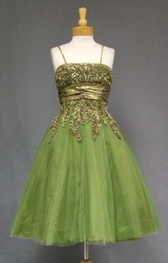 1950's prom tulle dress Vintage green