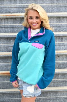 Patagonia Women's Lightweight Synchilla Snap-T Pullover- Howling Turquoise