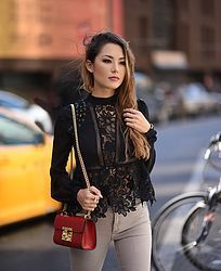 Less is More: Tips to Simplify Your Closet - Hapa Time Jessica Ricks, Nyfw 2016, Hapa Time, Fitness Wear Women, Fashion Beauty, Womens Fashion, Asian Girl, Girls, Style Inspiration