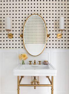 28 Genius Ideas That Will Turn Your Bathroom Into a Chic Oasis Bad Inspiration, Bathroom Inspiration, Bathroom Ideas, Bathroom Renovations, Art Deco Bathroom, Bathroom Inspo, Design Bathroom, Wall Paper Bathroom, Bling Bathroom