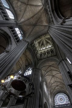 Encore plus impressionnant en vrai. Venez visiter la Cathédrale Notre Dame de Rouen