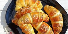 Kiflice sa sirom Serbian Food, Serbian Recipes, Bread And Pastries, Bread Rolls, Donuts, Squares, Cake Recipes, Goodies, Appetizers