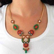 Colares trendy. colar étnico, colar dourado, colar elegante, colar metal