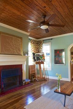 love this house, inside and out - check out the house tour. Great wall color in the living room.