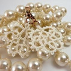Cream colors and delicate lace inspire the perfect jewelry for weddings!