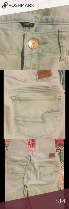 AEO Ladies sz 10 Stretch skinny Green Jeans American Eagle Outfitters AEO Ladies sz 10 Regular Stretch skinny Green Jeans 30L American Eagle Outfitters Jeans Skinny