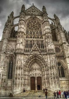 Beauvais - La Cathédrale                                                                                                                                                                                 Plus