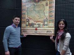 Ambientación de mapa histórico de Polonia, un espléndido regalo de Oficina Comercial de Embajada de Polonia en Buenos Aires. Compartimos en la radio, queda este recuerdo para nuestras oficinas.