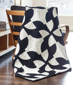 Trés Chic by Nancy McNally is a quilt that looks like it was made in Paris.