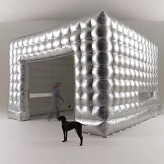 AirClad Inflatable pods are temporary architecture that can be used as extensions to homes, pop up retail stores and Window Display Retail, Window Displays, Temporary Architecture, Retail Store Design, Retail Stores, Architecture Restaurant, Visual Merchandising Displays, Exhibition Display, Store Displays
