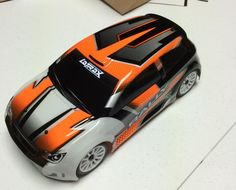 LaTrax Rally 1/18-scale R/C car unboxing [Video]
