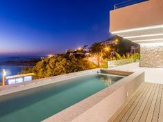 Serviced Holiday homes in Cape Town! Luxury poolside comforts at your fingertips! www.thetopfloor.co.za +27 21 434 3846 / +27 83 603 3958 bonnie@thetopfloor.co.za #capetown #trendy #modern #pools