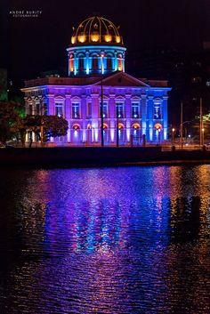 Assembleia Legislativa de Pernambuco, na rua da Aurora - Recife-PE