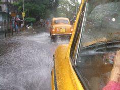 Calcutta Monsoon Om Namah Shivaya, Indian Bridal Wear, Hai, India Travel, Kolkata, Incredible India, Monsoon, Great Photos, Beautiful World