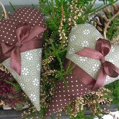 Levanduľové srdiečko šedo-béžovo-hnedé Ribbon, Gift Wrapping, Gifts, Handmade, Tape, Paper Wrapping, Treadmills, Band, Wrapping Gifts
