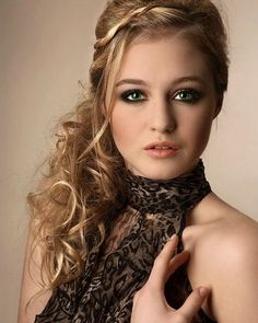 Magnificent Pretty Hairstyles Hairstyle For Long Hair And Curly Hair On Pinterest Short Hairstyles Gunalazisus