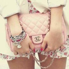 52677eca1f0 so cute Chanel Clutch