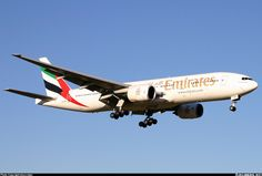 Boeing 777-21H/ER aircraft picture