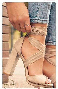 wholesale dealer 14808 45c54 Beautiful Perfect Summer Spring Fashion Shoe Trend Beige Nude Suede Wrap  Round High Heeled Shoes Beige