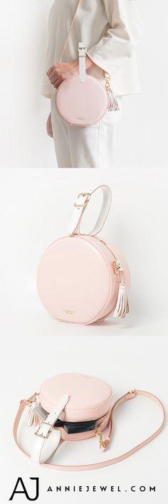 Handmade Leather Pink Circle Bag Circle Round Clutch Crossbody Bag Handmade Leather, Leather Craft, Leather Bag, Clutch Bag, Crossbody Bag, Circle Purse, Fab Bag, Belt Bags, Round Bag