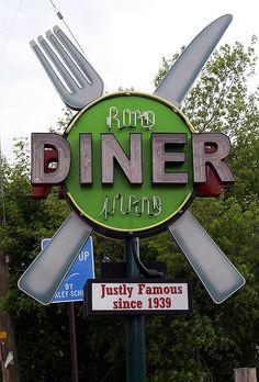 Road Island Diner Neon Sign in Oakley, Utah~ Old Neon Signs, Vintage Neon Signs, Old Signs, Advertising Signs, Vintage Advertisements, Vintage Diner, Retro Diner, Vintage Ads, Roadside Signs