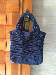 Bolsa de praia em crochê feito com barbante. Modelo 1339 cor azul marinho…