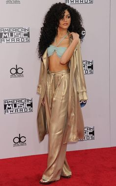 Zendaya at the 2014 American Music Awards in LA 11/23/14