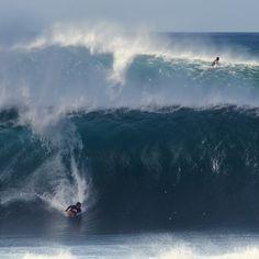 Unreal Hawaii - Pipeline, December 2012