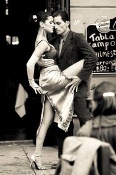 Argentina, Buenos Aires Street Tango by Chigirev Portrait Photography. The Art of Dance Shall We ダンス, Shall We Dance, Lets Dance, Dance Art, Dance Music, Ballet Dance, Jazz Dance, Street Dance, Dance Photography