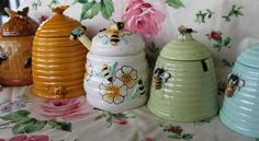 bayside rose: Vintage Honey Pots and Pure Beeswax!