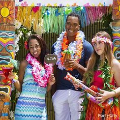 Luau Party Photo Booth Ideas-Party City