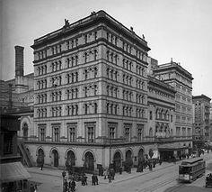 Metropolitan Opera, Broadway  & 39th, demolished 1967, photo 1905, built 1883