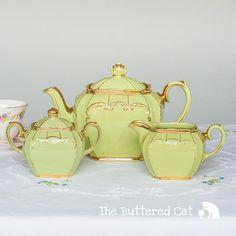 Complete set of vintage Sadler cube shaped teapot and creamer