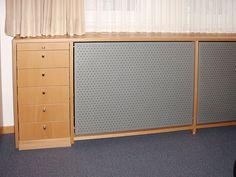 wei e heizk rperverkleidung mit lochplatte heizk rperverkleidungen pinterest. Black Bedroom Furniture Sets. Home Design Ideas
