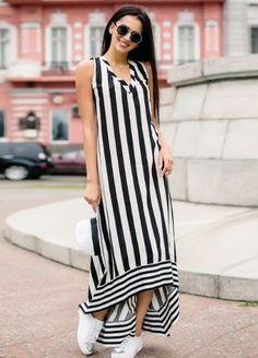 Striped Dresses 2018 Outfits Ideas 30 Source by halaelkhatib Muslim Fashion, Boho Fashion, Fashion Dresses, Fashion Tips, Fashion Design, Fashion Quiz, Vintage Fashion, Fashion Quotes, Modest Fashion