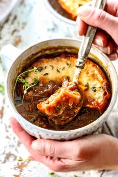 French Oinion Soup (Step by Step Photos, Make Ahead & Freezer Instructions) French Onion Soup Calories, Make Ahead Meals, Easy Meals, Best Chicken Soup Recipe, Classic French Onion Soup, Harissa, Carlsbad Cravings, Easy Recipes For Beginners, Easy Soup Recipes