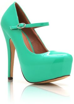 Faux Patente Mary Janes