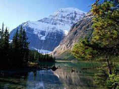 Emma ⚓️✈️ (@theworldetmoi97) | Twitter > iLikePicsDaily @iLikePics_Daily  5 hours ago Mount Edith Cavell, Jasper National Park, Alberta, Canada.