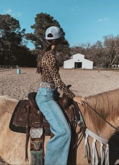 Rodeo Outfits, Girl Outfits, Cute Outfits, Fashion Outfits, Casual Country Outfits, Southern Outfits, Western Chic, Western Wear, Rodeo Girls