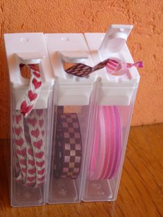 Tic Tac containers for ribbon storage Space Crafts, Home Crafts, Diy Crafts, Glue Gun Crafts, Craft Space, Craft Room Storage, Craft Organization, Craft Rooms, Coin Couture