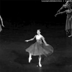 La Sylphide Du Bolchoï | Ekaterina Krysanova as Juliet in Bolshoi's Romeo...
