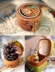Carving deri kutucuklar Leather Carving, Leather Art, Leather Gifts, Leather Bags Handmade, Leather Design, Leather Tooling, Diy Leather Bracelet, Leather Jewelry, Cute Makeup Bags